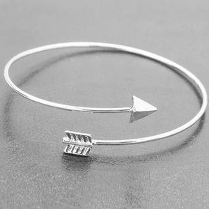 ❗️NEW❗️Adjustable Silver Arrow Bangle Bracelet ⭐️